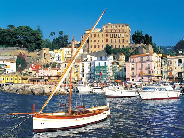 Explore Sorrento this summer